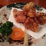 いろり - 若鶏の唐揚げ626円