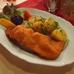 33008034 - Wiener Schnitzel vom Schwein(ウィーン風トンカツ、サラダバー付き)