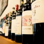 食堂Tavolino - ボトルワインは50種類以上