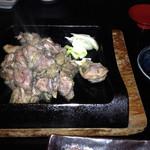熊野地鶏 みえじん - 熊野地鶏のモモ炭火焼き(中)