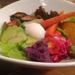 33016463 - 彩りよく野菜が盛られて見た目が楽しい!