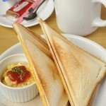 CafeDazy - モーニングセット500円