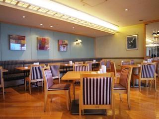 カフェレストラン オリビエ