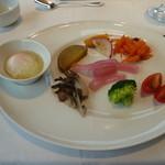箱根ハイランドホテル ラ・フォーレ - パレットの朝食。少しづつ内容が違います。