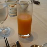 箱根ハイランドホテル ラ・フォーレ - みかんのジュース