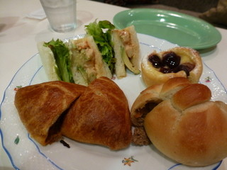 オレノ パン オクムラ 祇園店 - 2014年11月 4種類のパンを買って、頂きました^^