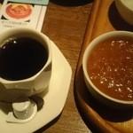 カフェ・モンマルトル - おかわり「マトンカレー」