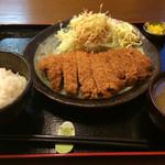 とんかつぶー亭 - 料理写真:特ロース定食