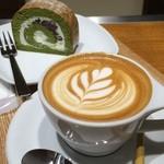 OGAWA COFFEE  - 京ロール宇治抹茶とカプチーノ