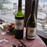 日和庵 - ワインはボルドー系とブルゴーニュ系から選べます