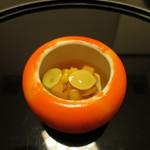 和ごころ 泉 - 汲み上げ湯葉羹、雲丹、柿の酢のジュレがけ