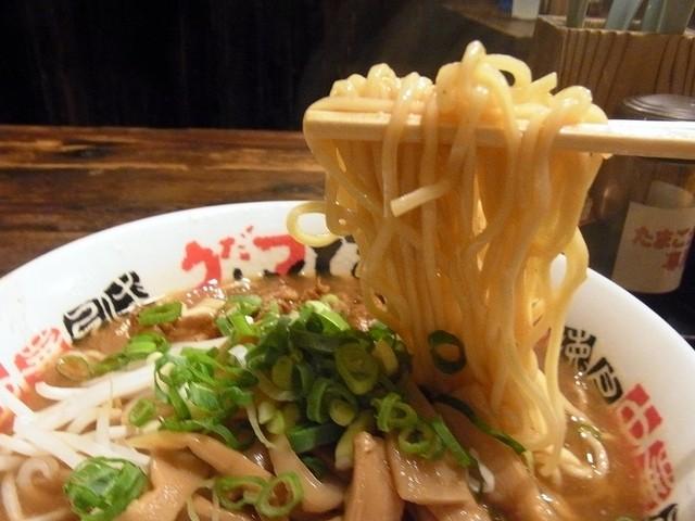 うだつ食堂 - ガバッ!麺リフト