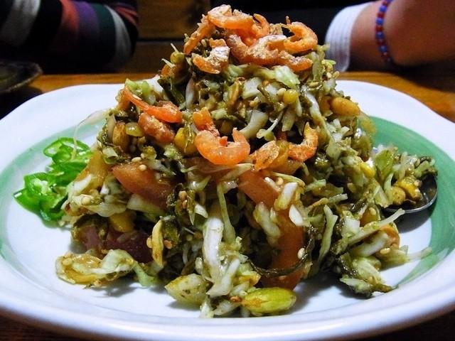 俵 - ラペットゥ(お茶の葉サラダ¥580
