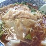 味の大西 - 2014年10月 ワンタンメン 1150円(ワンタン発掘)