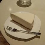 カフェオーディトリアム - レアチーズケーキ