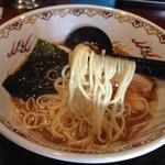 香味 - 中華そば醤油(700円)麺リフト
