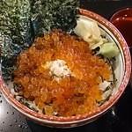 かなざわ舞紋屋 - いくら丼(1080円)+大盛(108円)