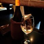 33078161 - ワイン、ボトルで注文