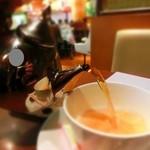 喫茶トロアメゾン - 頃合いを見て入れましょう~
