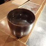 ジンギスカン羊羊亭 - 芋焼酎お湯割り_570円