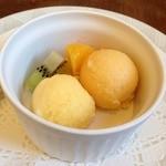 シェ・ホシノ - オレンジと柿のシャーベット