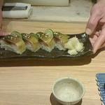 33093300 - 若い料理人の手による鯖寿司&店長チョイスの日本酒