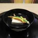 桜田 - くわい豆腐とバチコの椀物