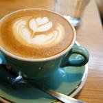 モジョ コーヒー - フラットホワイト(ショット少なめ)