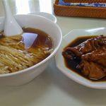 33100543 - 豚脚麺(豚足そば)