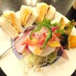 キャロル - サンドイッチ 600円