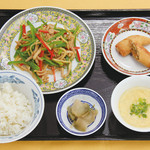 中国ラーメン 揚州商人 - 料理写真:チンジャオロース定食