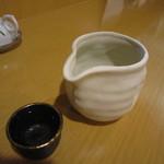 手打そば 玄 - 5勺の酒(飛露喜)