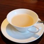 閏 - 紅茶