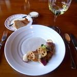 ラ・ネネグース - メイン「黒鯛と帆立貝のポワレ 小坂蓮根のソース」