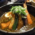 銀座スープカレー菜時記 - チキンカレーを黒のスープ。2辛で。
