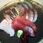 33120520 - しめサバ さわら 本マグロ 鯛のお造り