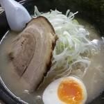 ラーメン翔 - 塩ラーメン(太麺)