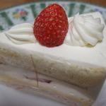 パティスリーコリウール - ストロベリーショートケーキ
