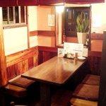 コートハウス - テーブル席