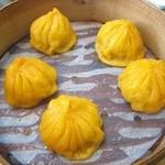 上海豫園 - 鶏肉小籠包