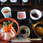 舟屋 - 海鮮丼1500円
