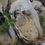 貝殻荘 - 的矢の生牡蠣。