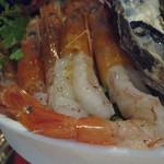 貝殻荘 - 赤海老、真蛸、塩いくら。