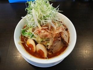 野菜が美味しい鶏豚ラーメン まる重 - 辛ネギ味噌ラーメン:780円