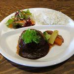 ビストロ エドナ - 料理写真:ハンバーグランチ(972円)