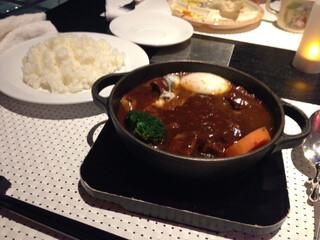 下町 DINING & CAFE THE sea - 温玉ビーフシチュー
