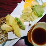 瑠璃の間 - ずわい蟹&あなごの天ぷら