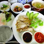 タイ風鶏肉のまぜご飯ランチ 月曜日・火曜日のみ