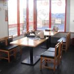 文福 - テーブル席
