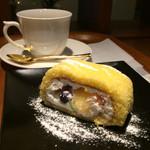 小川珈琲 - 京ロール 6種のフルーツとブレンドコーヒー